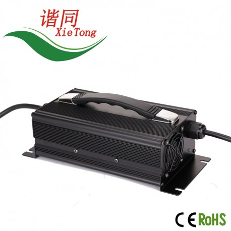 C1200 1200Watts LiFePo4/Li-Ion/Lead Acid Battery Charger